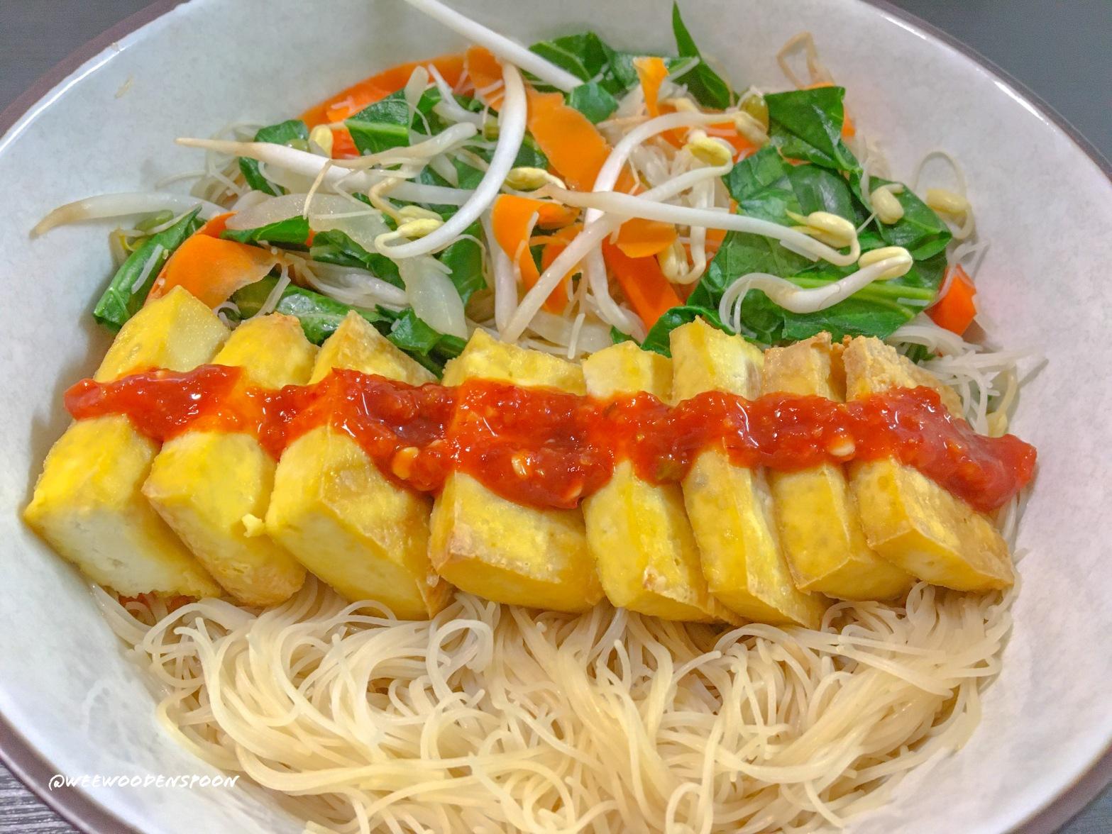 Tofu and vegetable nourish bowl