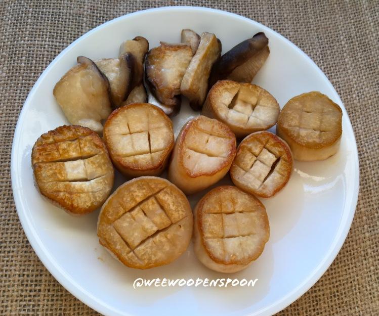 "King Oyster Mushroom ""Scallops""."